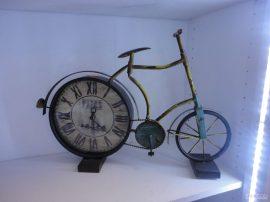 Часовник-винтидж-2600