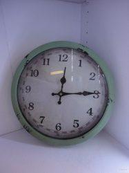 Часовник-винтидж-2609