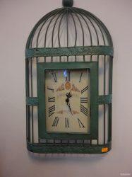 Часовник-2614