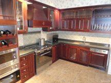 Кухня с плот от Технически Камък 12