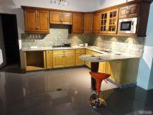 Кухня с плот от Технически Камък 2