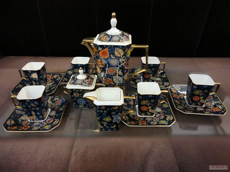 Порцеланов чаен сервиз 2504